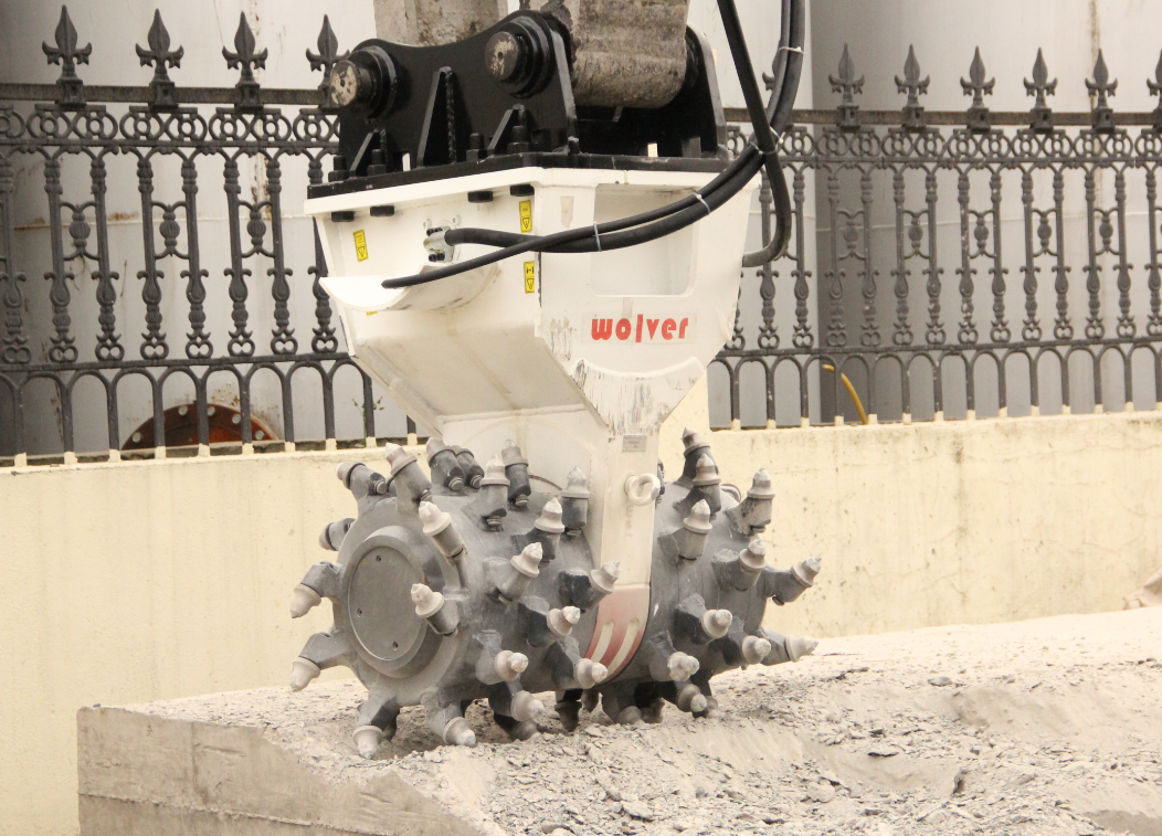 drum cutter for breaking concrete